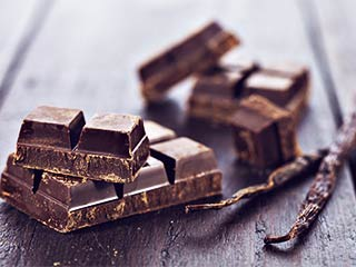 Here are some proven health <strong>benefits</strong> of dark chocolates