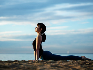 yoga poses for heartburn relief  yoga