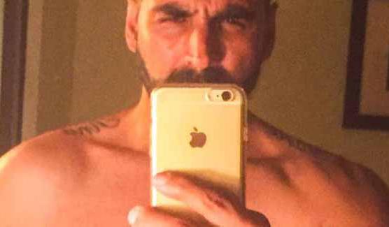 Akshay Kumar S Shirtless Selfie His Fitness Secrets