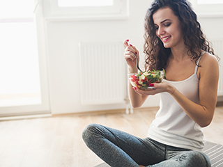 A <strong>meal</strong> plan that can help women lose <strong>weight</strong> fast