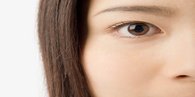 Image result for आंखों को खूबसूरत बनाने के लिए अपनाएं ये सीक्रेट टिप्स