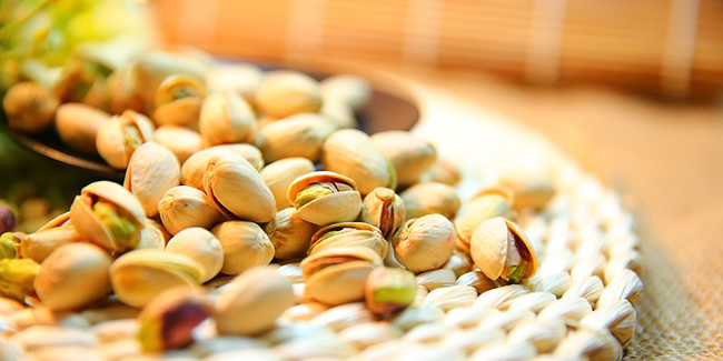 Lose weight with the rich and nutty taste of pistachios