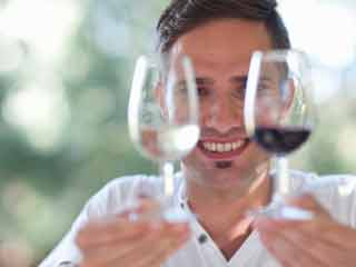 Red wine or white wine, which one is more nutritious?