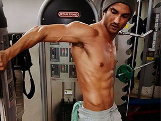 These <strong>videos</strong> of Sushant Singh Rajput are redefining fitness goals
