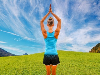 4 Yoga Asanas to Relieve <strong>Acidity</strong>