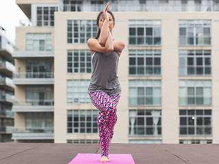Try Out these <strong>Simple</strong> Yoga Poses to Improve Flexibility