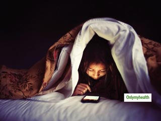 <strong>Mobile</strong> Light Exposure Can Pose Threat To Your Sleep