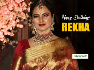 Rekha <strong>Birthday</strong> Special: A Glimpse Of Her Undying Love For Kanjeevaram Sarees