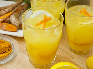 Try Turmeric Lemonade, It Is A Potent Stress Buster Drink You'll Need